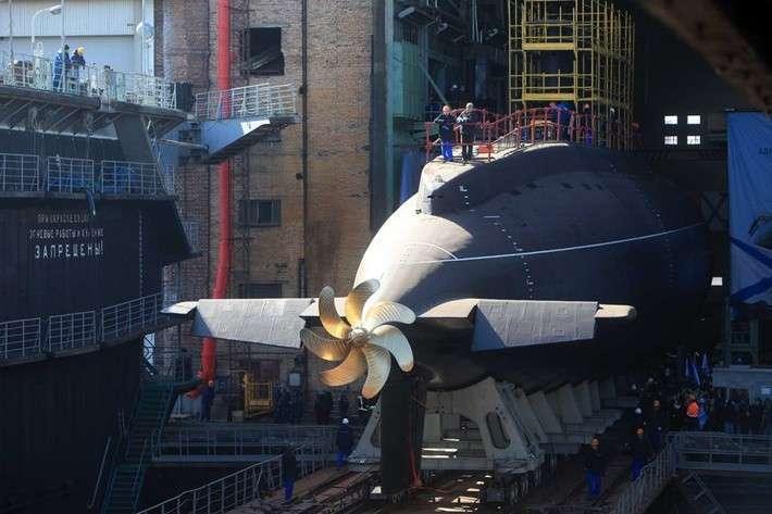 спуск на воду подводной лодки на адмиралтейских верфях