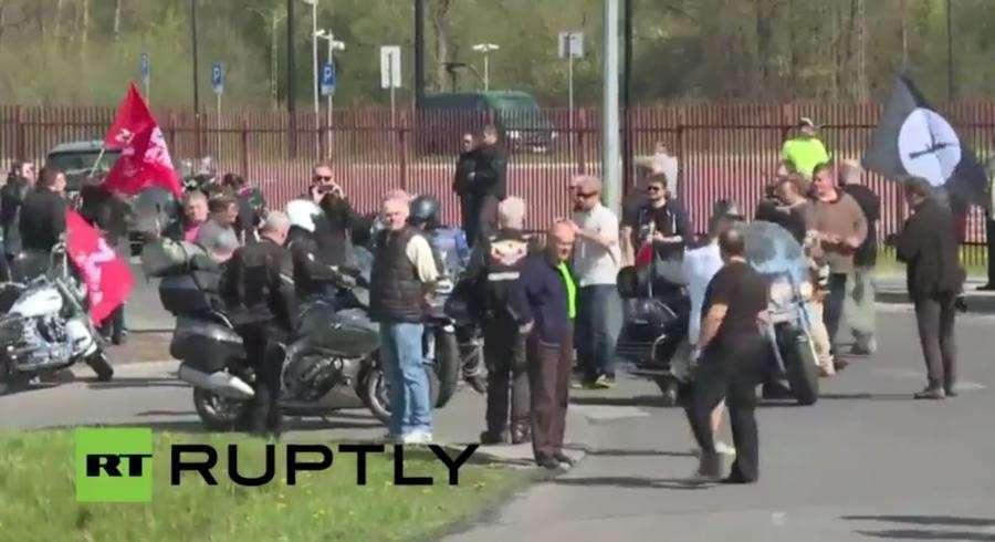 «Ночные волки» пересекают границу с Польшей. Трансляция