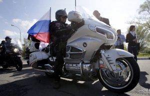 Европейская жидо-власть испугалась русских мотоциклистов