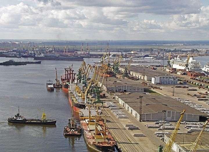Российские порты заставляют Прибалтику капитулировать