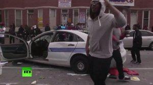 Гражданские банды Балтимора объединяются для борьбы с полицейскими бандитами