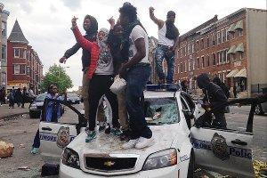 За участие в беспорядках в Балтиморе арестованы 34 человека