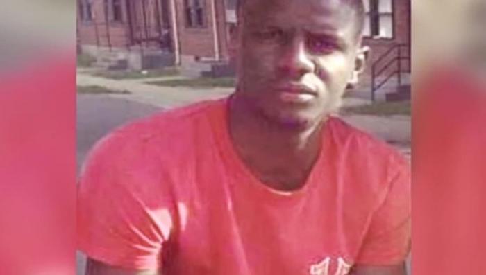 В Балтиморе в убийстве негра обвинили шестерых полицейских