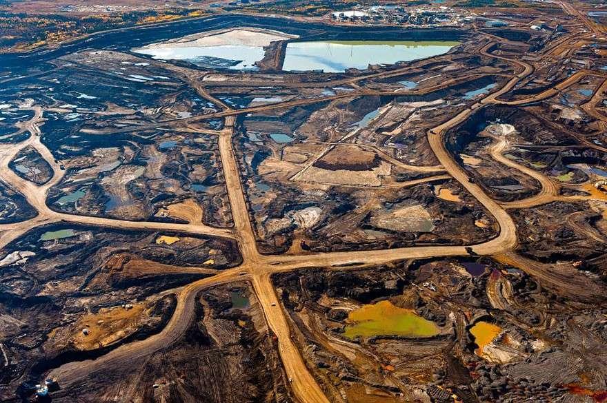 Добыча нефти из битумных песков в Альберте, Канада  мир, население, последствие, фотография