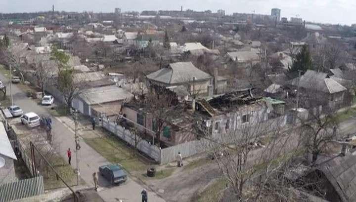Украинские каратели обстреливают Донецк