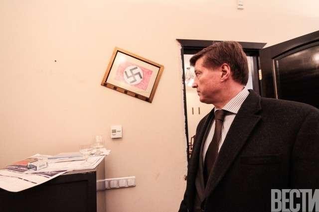 Киевских дворников мобилизуют на дезинфекцию мэрии