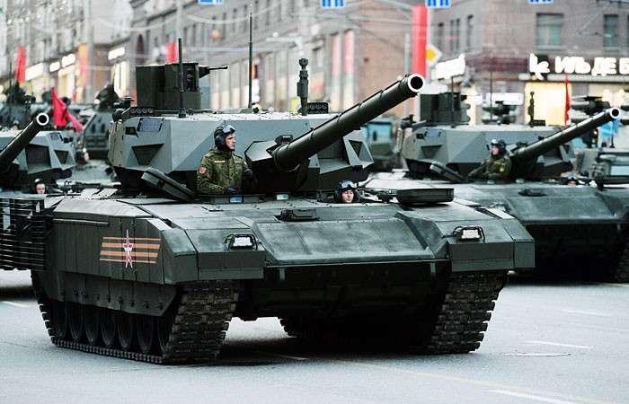 США в погоне за «Арматой». Почему с появлением российского танка Т-14 западные «Абрамсы» и «Леопарды» морально устарели