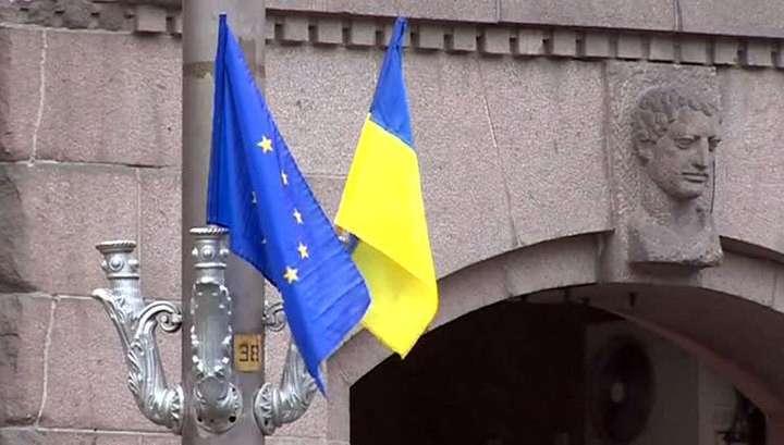 «Укро-еврейское беспамятство»: чем Украина заменит День Победы