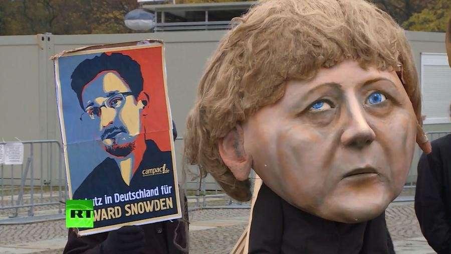 Канцлер ФРГ Меркель оказалась в центре шпионского скандала