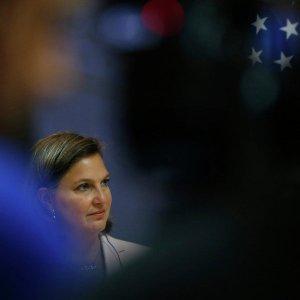 Нудельман шантажом заставила Януковича подписать соглашение с ЕС