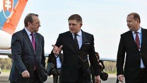 Премьер Словакии поедет в Москву, даже если СМИ «встанут на уши»