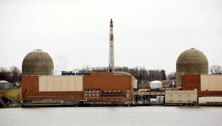 Из-за пожара на АЭС в штате Нью-Йорк загрязнена река Хадсон