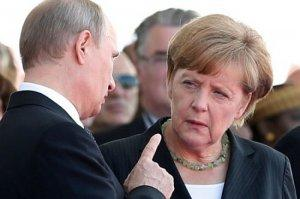 Еврейская Хунта в панике: «Меркель и Путин подписали новый пакт «Молотова-Риббентропа!»