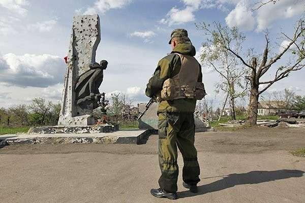Как живут люди в разрушенных городах Донбасса