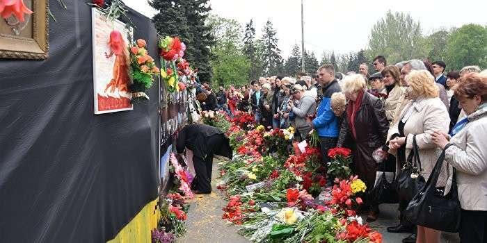 В Одессе уничтожили мемориал жертвам трагедии 2 мая