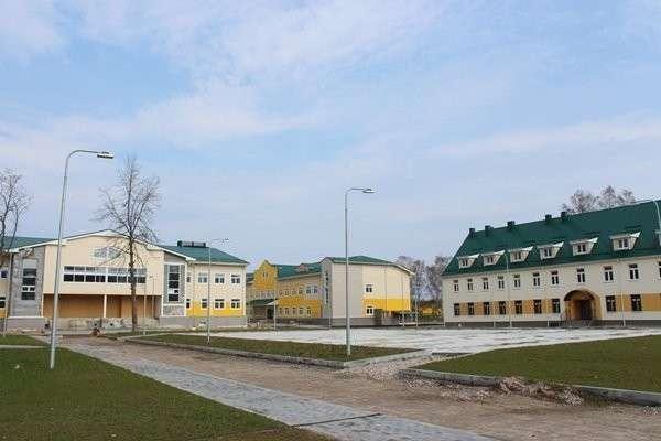 Фотофакт: завершается строительство военного городка в Калиниградской области