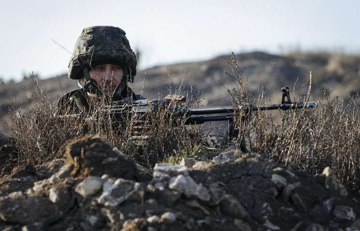 Укро-каратели развернули на границе с ДНР полевые склады с 2 тыс. тонн боеприпасов