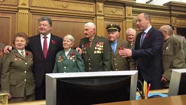 Новые законы Украины: ОУН-УПА – борцы за свободу, термин «Великая Отечественная война» отменён