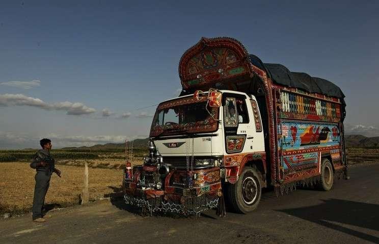 Транзит военных грузов США в Афганистан через Россию приказал долго жить