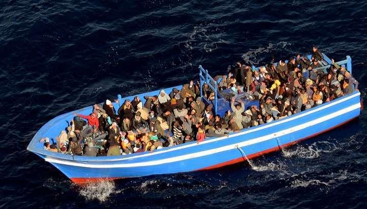 ЕС начинает подготовку военной операции против перевозчиков нелегалов