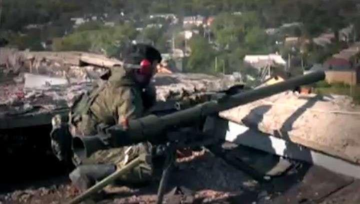 Хунта обстреляла донецкий Аэропорт из тяжёлых орудий