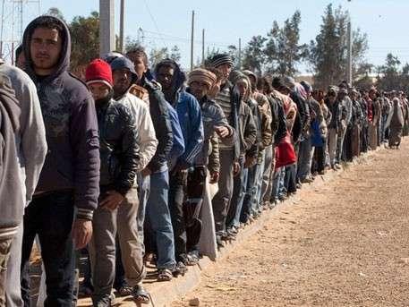 Боевики ИГ едут в Европу под видом беженцев