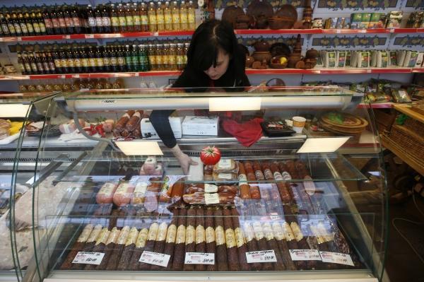 Россия вернёт на рынок часть продуктов из трёх стран Евросоюза