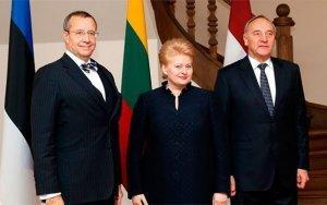 Прибалтийские евреи подставляют народы Прибалтики