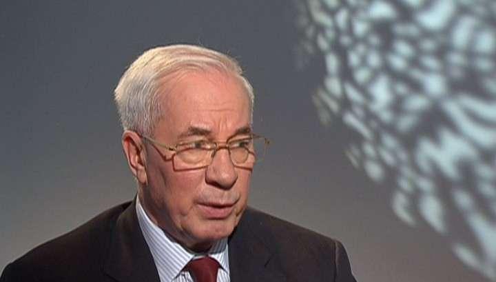 Николай Азаров считает, что Украина попала в руки авантюристов