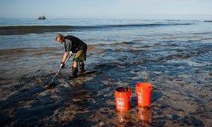 Власти Калифорнии ввели режим ЧС из-за нефтяного разлива округе Санта-Барбара