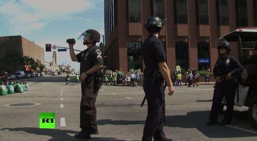 Полиция США активно грабит население
