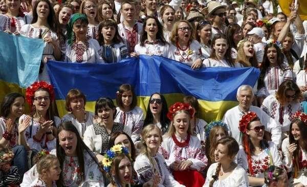 Украинская антиутопия: кто манипулирует коллективным психозом