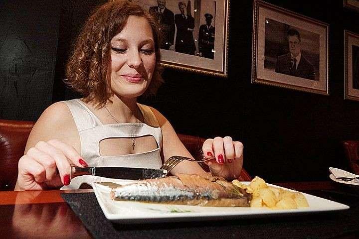 Главные источники Омега-3 – жирные сорта морских рыб
