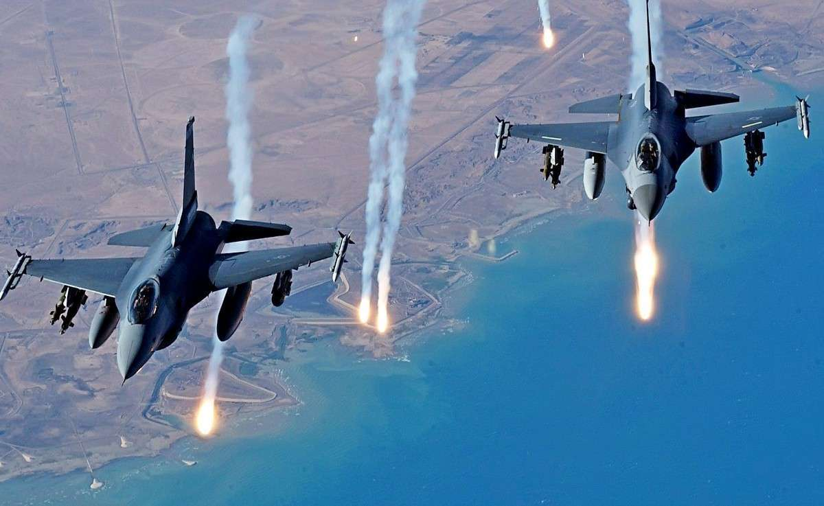 США и Турция собираются атаковать Башара Асада с воздуха