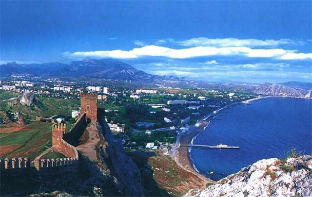 Авиабилеты в Крым упали в цене в три раза