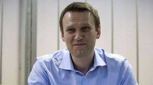 В Новосибирске Алексея Навального забросали яйцами. 321208.jpeg