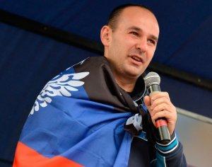 Донбассу предложили объединить Вооружённые силы под рукой Захарченко