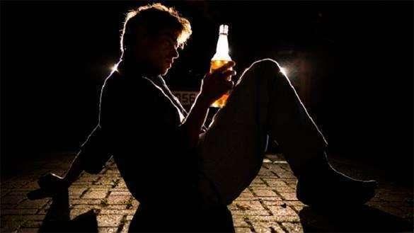 Павел Крашенинников: Зарплату алкоголика должна получать его жена.