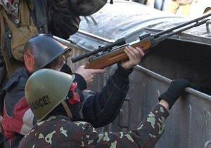 Киев. В правительственном квартале идут настоящие бои