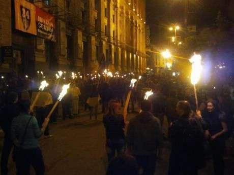 Первенство Майдана между бандами нацистов