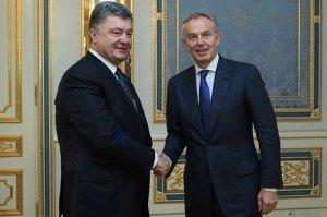 Самозванец Порошенко предложил работу «английскому пинчеру» Тони Блэру