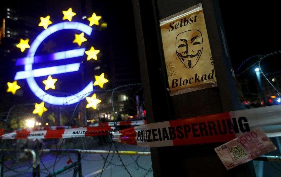 По-настоящему оказалась изолированной Западная Европа, а не Россия
