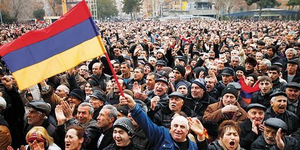 США разжигают оранжевую революцию в Армении