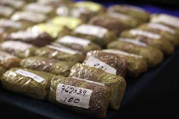 Китай: 90 процентов изъятых в 2014 году наркотиков произведены в Лаосе, Мьянме и Тайланде. наркотики упакованные