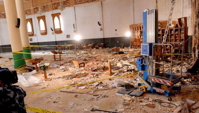 Число жертв теракта в Кувейте растёт