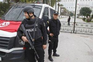 Опубликовано страшное видео расстрела туристов в Тунисе