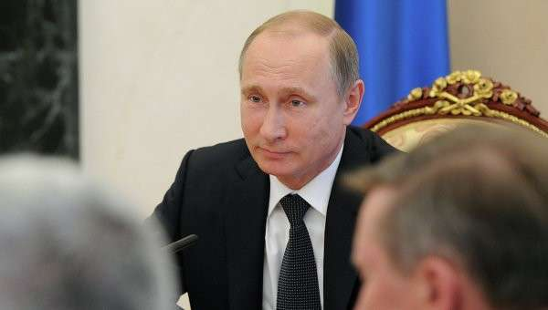 Президент России Владимир Путин на заседании Совета безопасности РФ в Кремле