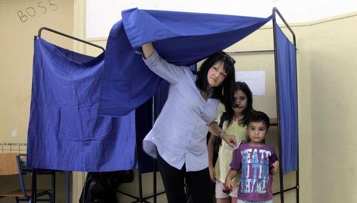Социологи утверждают, что большинство греков на референдуме говорят «нет»