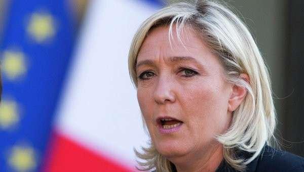 Лидер французской партии Национальный фронт Марин Ле Пен. Архивное фото