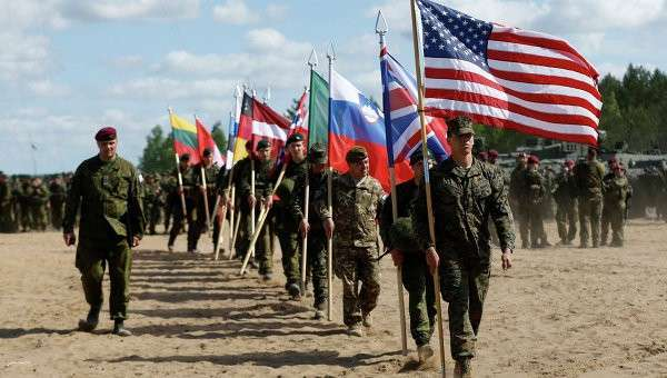 Учения НАТО Удар сабли в Латвии